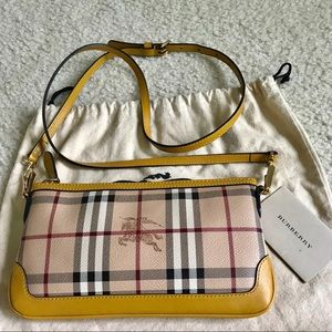 Euc Burberry crossbody bag